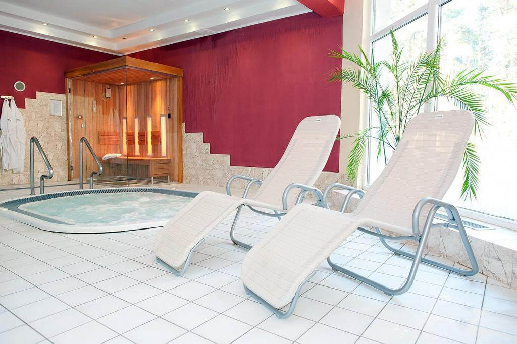 Baginscy-Spa-Poberow-Pobierowo-Wellness-Spa-Jaccuzzi-Kuren-in-Polen.jpg