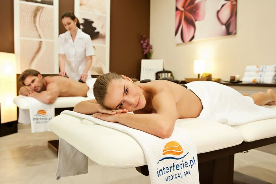 Hotel_Interferie_Medical_Spa_Swinemunde_Swinoujscie_Kuranwendungen_Massage.jpg