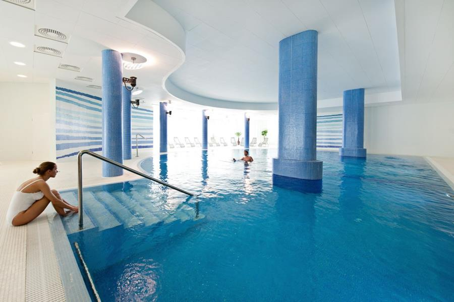 Hotel_Interferie_Medical_Spa_Swinemunde_Swinoujscie_Schwimmbad.jpg